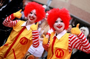 Ronald McDonalds Girls Photo courtesy of Japan-Talk.com