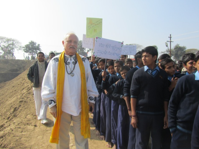 Patrick leads march for preserving the Ganges and  the Planet.  5000 children participated